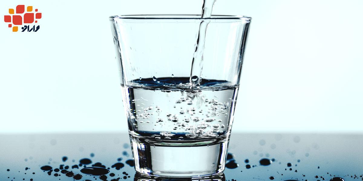 تصویر یک لیوان آب در مقاله تشنگی